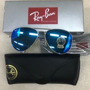 Blue mirror lenses aviators sunglasses